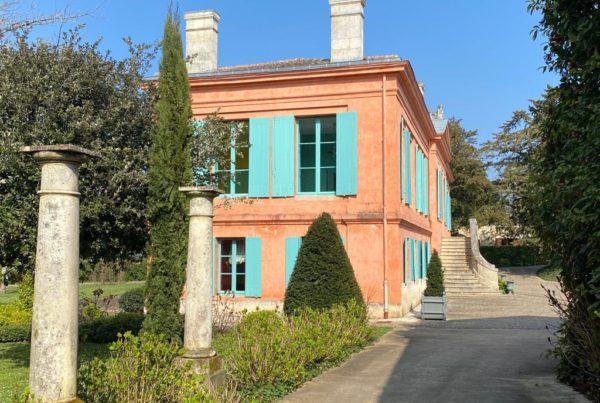 vins-pessac-leognan-l-apprenti-sommelier-chateau-pont-saint-martin-batiment-principal-4