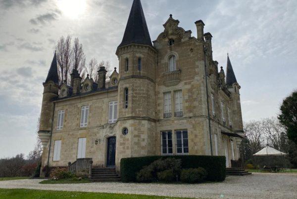 vins-pessac-leognan-l-apprenti-sommelier-chateau-haut-bergey-visite-batiment-3